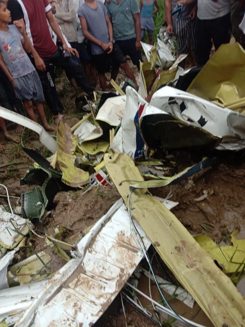 आजमगढ़ में ट्रेनी एयरक्राफ्ट दुर्घटनाग्रस्त, पायलट की मौत
