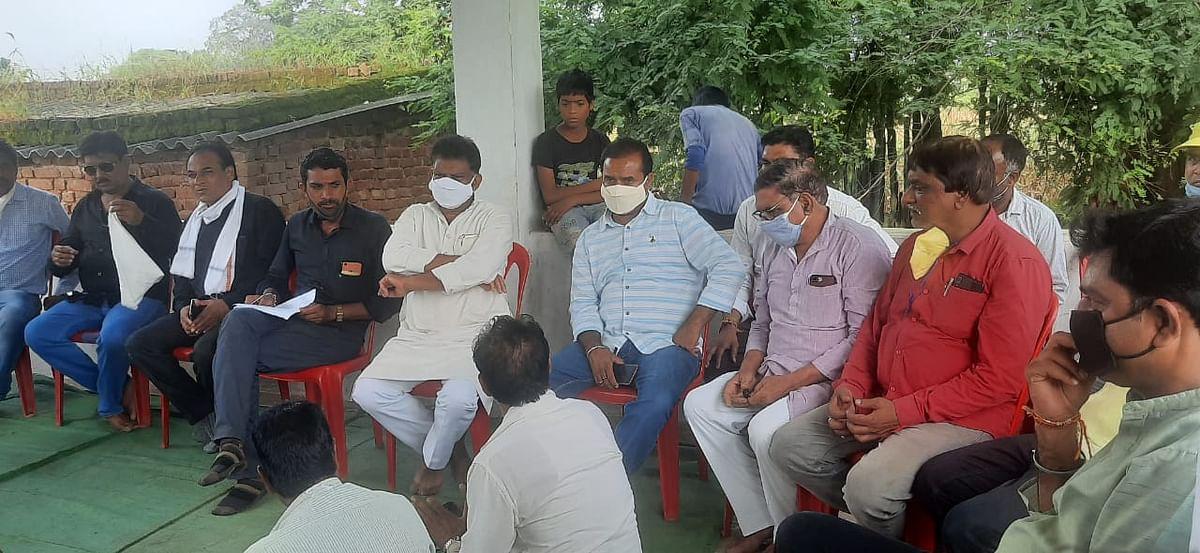 किसानों के साथ कांग्रेस ने किया धोखाः चौ चंद्रभान सिंह