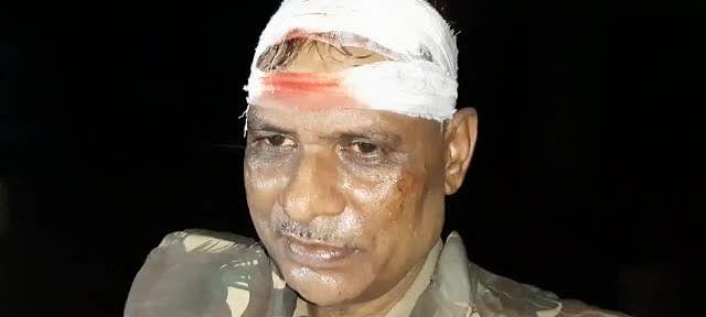 जौनपुर : दो पक्षों में हुए विवाद को शांत कराने गई पुलिस टीम पर हमला, सीओ समेत छह पुलिस कर्मी घायल