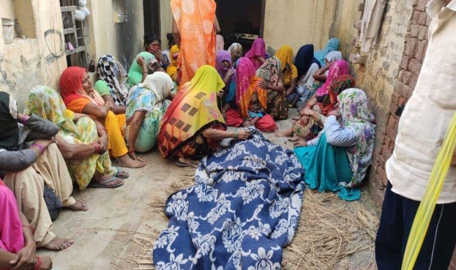 बागपत में शराब पीने से ग्रामीण की मौत, हंगामा
