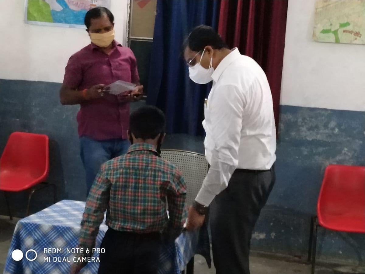 अनाथ व बेसहारा बच्चों की देखभाल करना ईश्वर की स्तुति करने जैसा