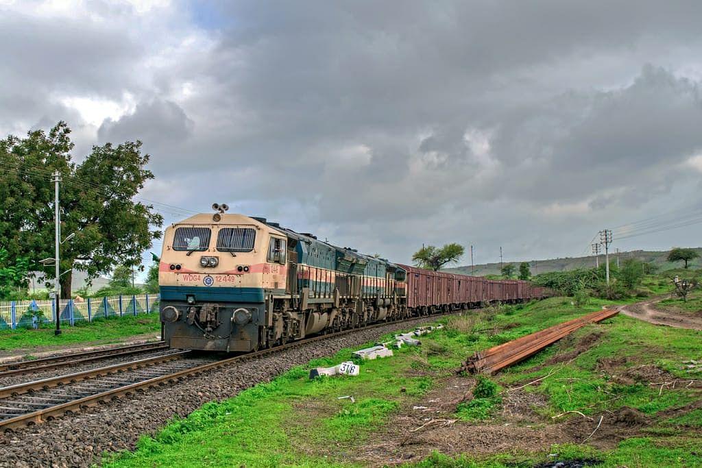 लॉकडाउन और अनलॉक के दौरान मध्य रेल ने 25.46 मिलियन टन माल का परिवहन किया