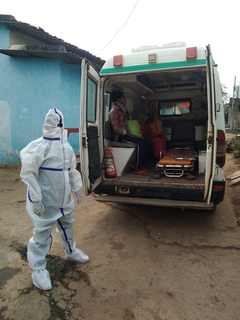 गांवों में बढ़ रहा कोरोना संक्रमण, ग्रामीणों में दहशत