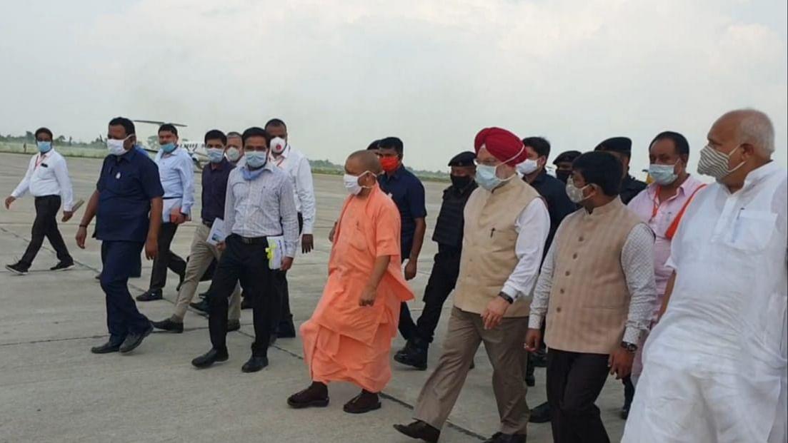 सीएम और केंद्रीय मंत्री ने की कुशीनगर एयरपोर्ट की समीक्षा, उड़ान पूर्व सभी तैयारियां पूरी करने के निर्देश