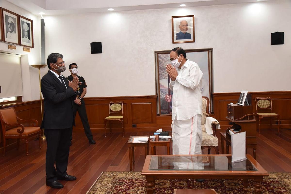 ब्राजील में भारत के राजदूत सुरेश रेड्डी ने उपराष्ट्रपति से मुलाकात की
