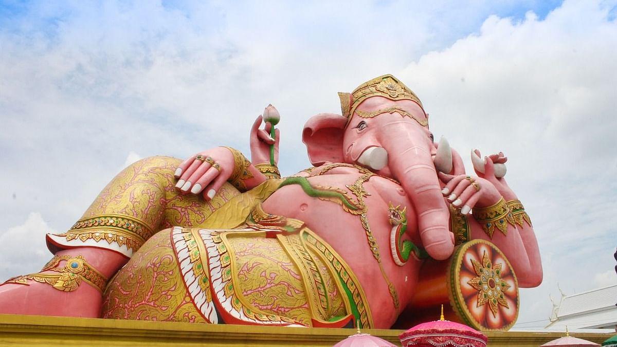 श्री सिद्धिविनायक आरती - Shri Siddhivinayak Aarti in Hindi
