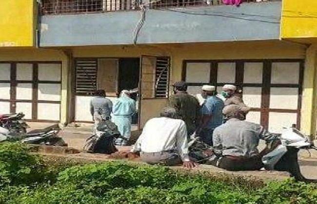 गुजरात: दाहोद में तीन बच्चों के साथ दंपति ने की सामूहिक आत्महत्या