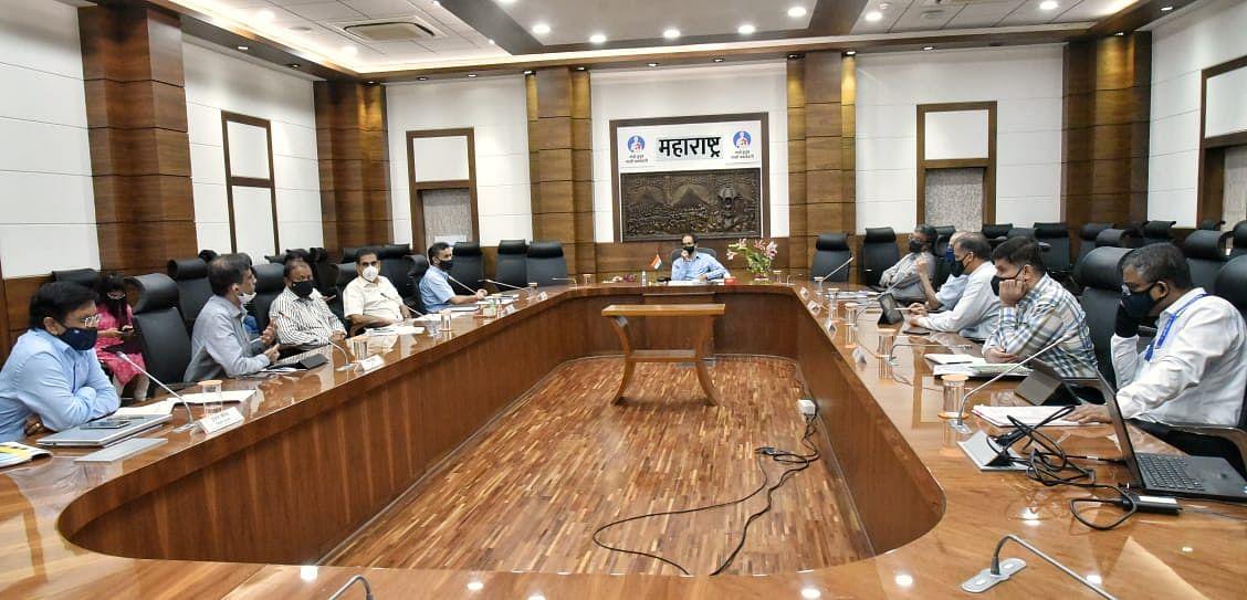 मुख्यमंत्री उद्धव ठाकरे ने दिया ईज ऑफ डूइंग बिजनेस को अधिक प्रभावी बनाने का निर्देश
