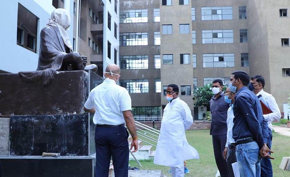 मुख्यमंत्री भूपेश बघेल दो अक्टूबर को करेंगे मंत्रालय परिसर में गांधी प्रतिमा का अनावरण