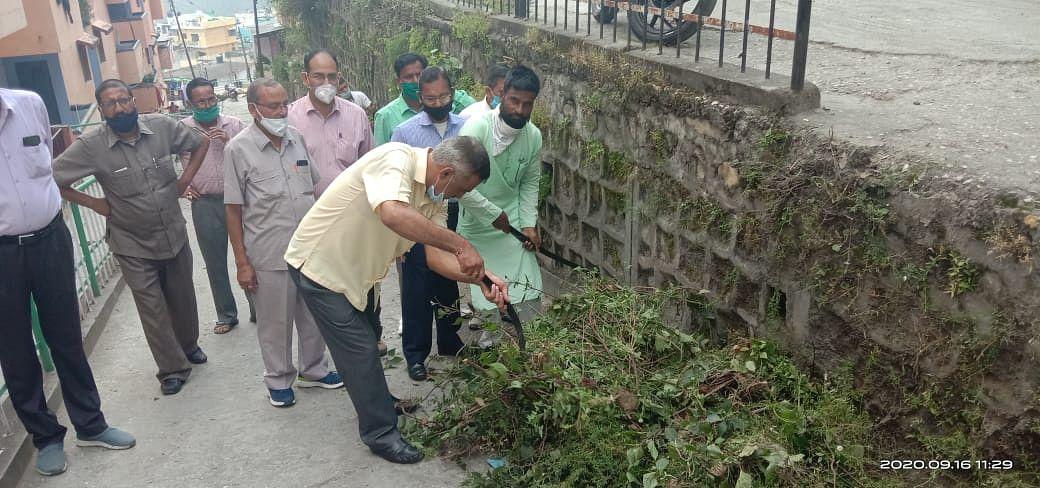 सेवा सप्ताह में भाजपा ने की सफाई