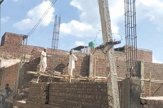 अवैध निर्माण धड़ल्ले से जारी, एचआरडीए रोकने में विफल