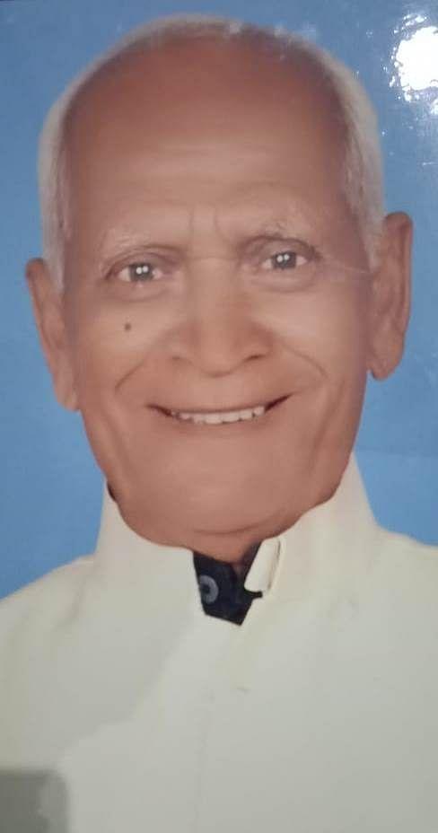 पूर्व मंत्री व कांग्रेस के वरिष्ठ नेता दलसिंगार यादव का निधन, जिले में शोक की लहर