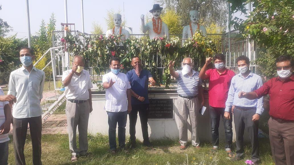 शहीद देशभक्त यादगार समिति ने शहीद-ए-आजम भगत सिंह को जन्मदिवस पर याद किया