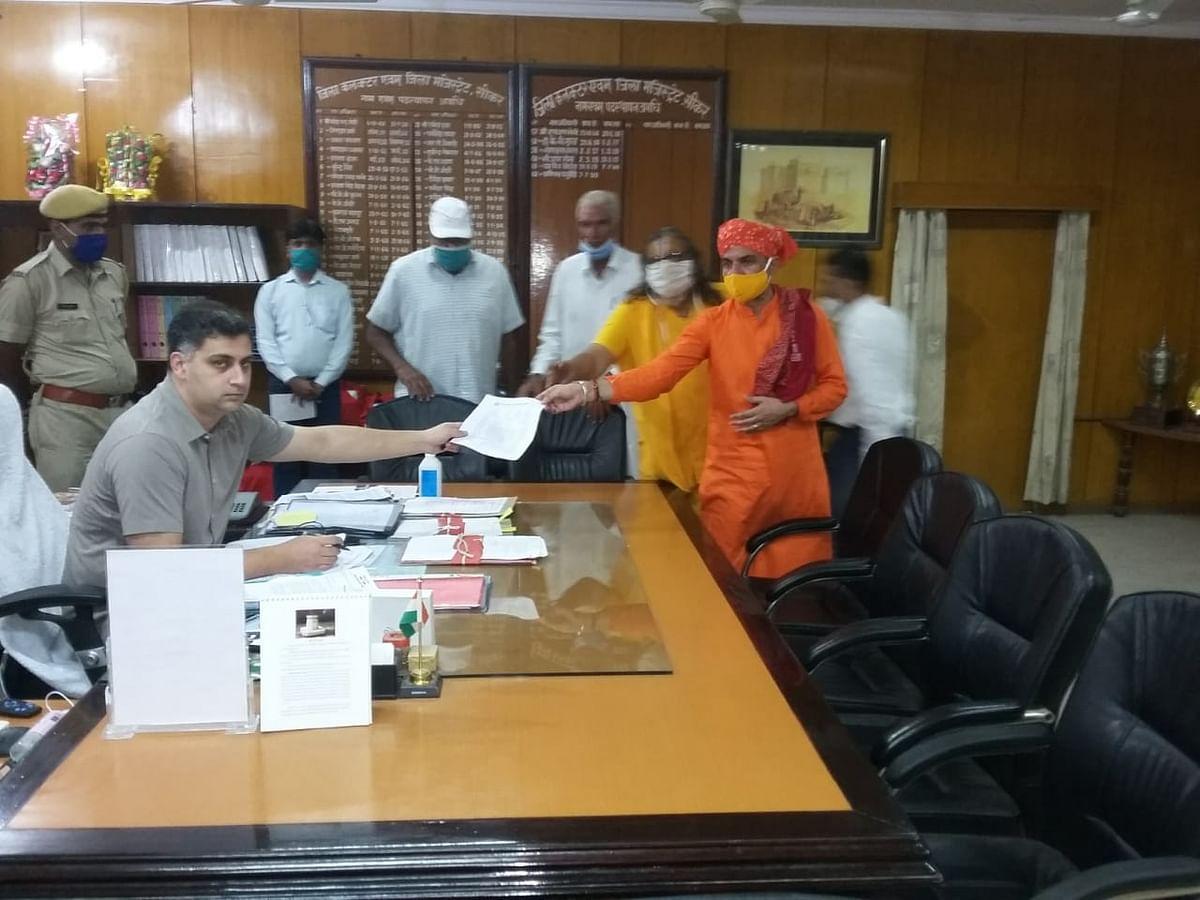 गौ संरक्षण संघर्ष समिति ने प्रदेशभर में मुख्यमंत्री ने नाम सौपे ज्ञापन