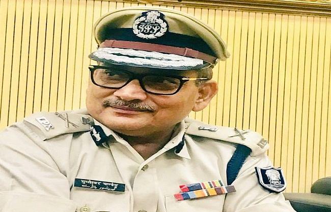 बिहार के पुलिस प्रमुख ने छोड़ा पद, राजनीति में जाने की चर्चा