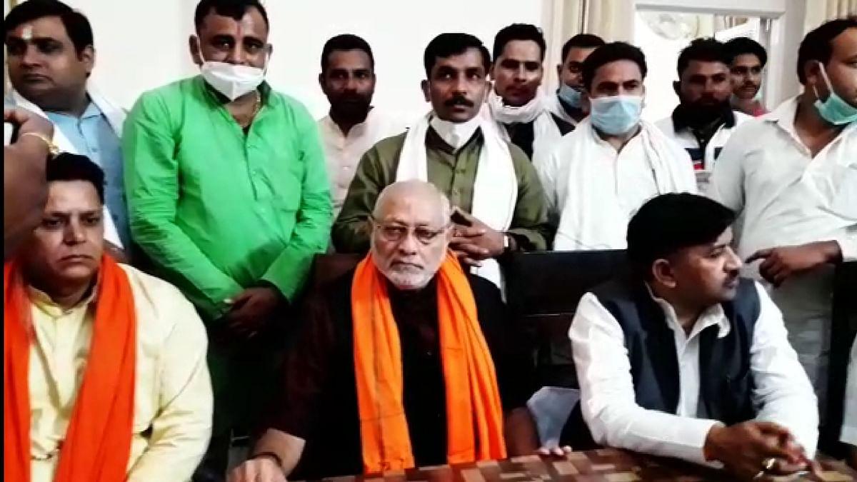 तेजी से गिरती जीडीपी पर प्रह्लाद मोदी ने जताई चिंता