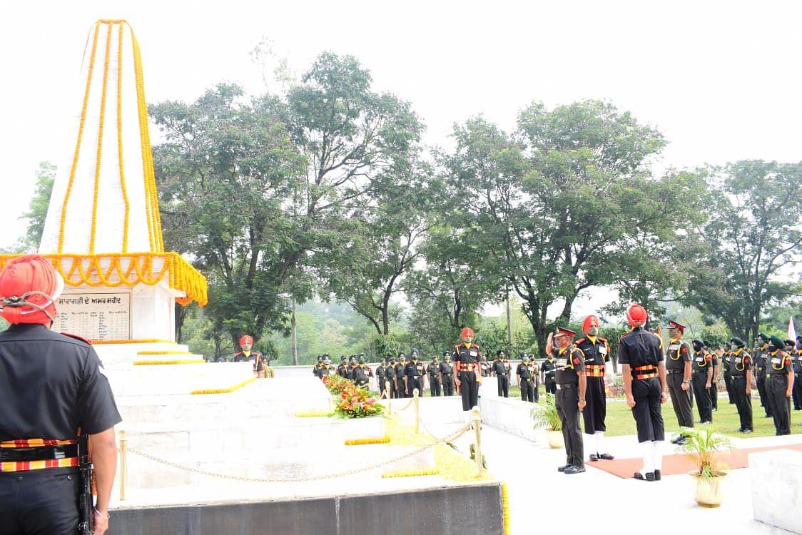 सिख रेजीमेंटल सेंटर में 123वें सारागढ़ी दिवस पर शहीदों को दी गई श्रद्धांजलि
