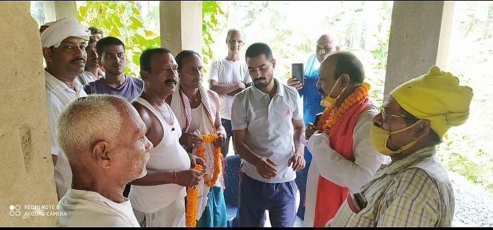 भोजपुर के संदेश में भाजपा ओबीसी मोर्चा ने चलाया जनसंपर्क, एनडीए को जिताने की अपील की