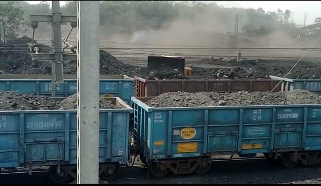 मध्य रेल ने 165 दिनों के लॉकडाउन और अनलॉक के दौरान 22.28 मिलियन टन माल का परिवहन किया