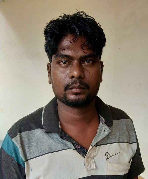 सहायक आरक्षक पर प्राणघातक हमले में शामिल 01 नक्सली गिरफ्तार