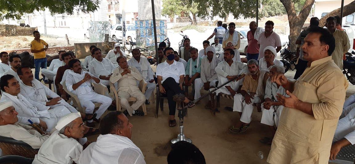 किसान चिंतन चौपाल में रालोद ने किसान विरोधी अध्यादेशों का किया विरोध