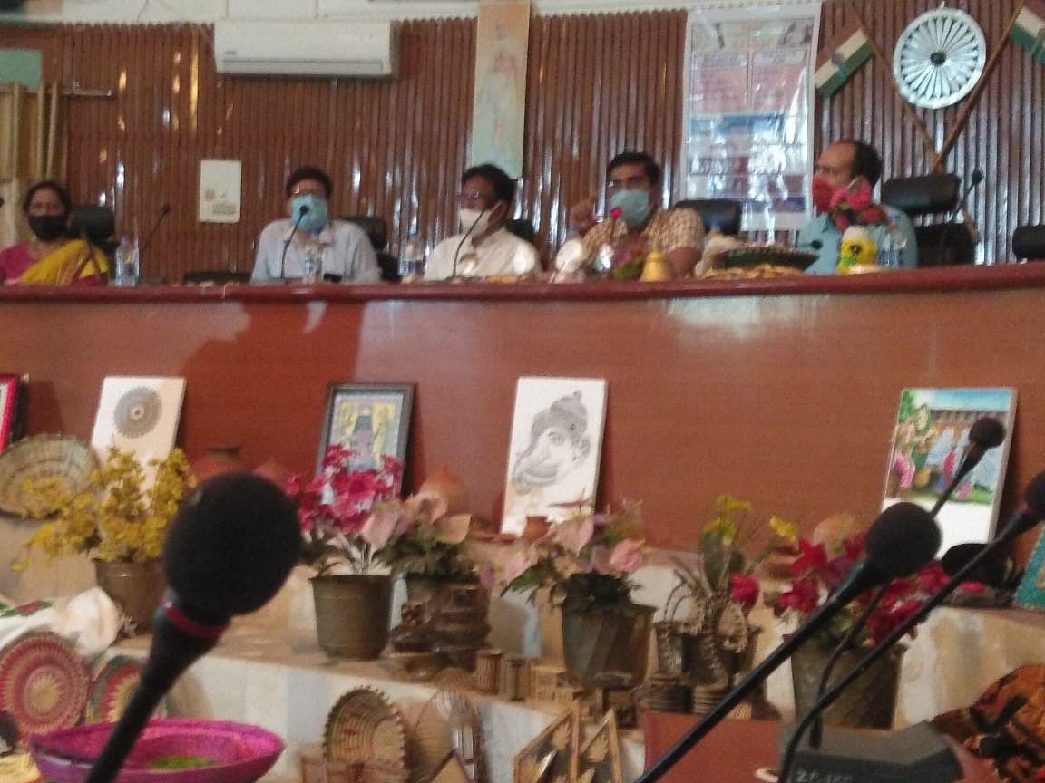 पूर्वी चम्पारण जिले के हस्तशिल्प कलाकारों के लिए लगी  चौपाल