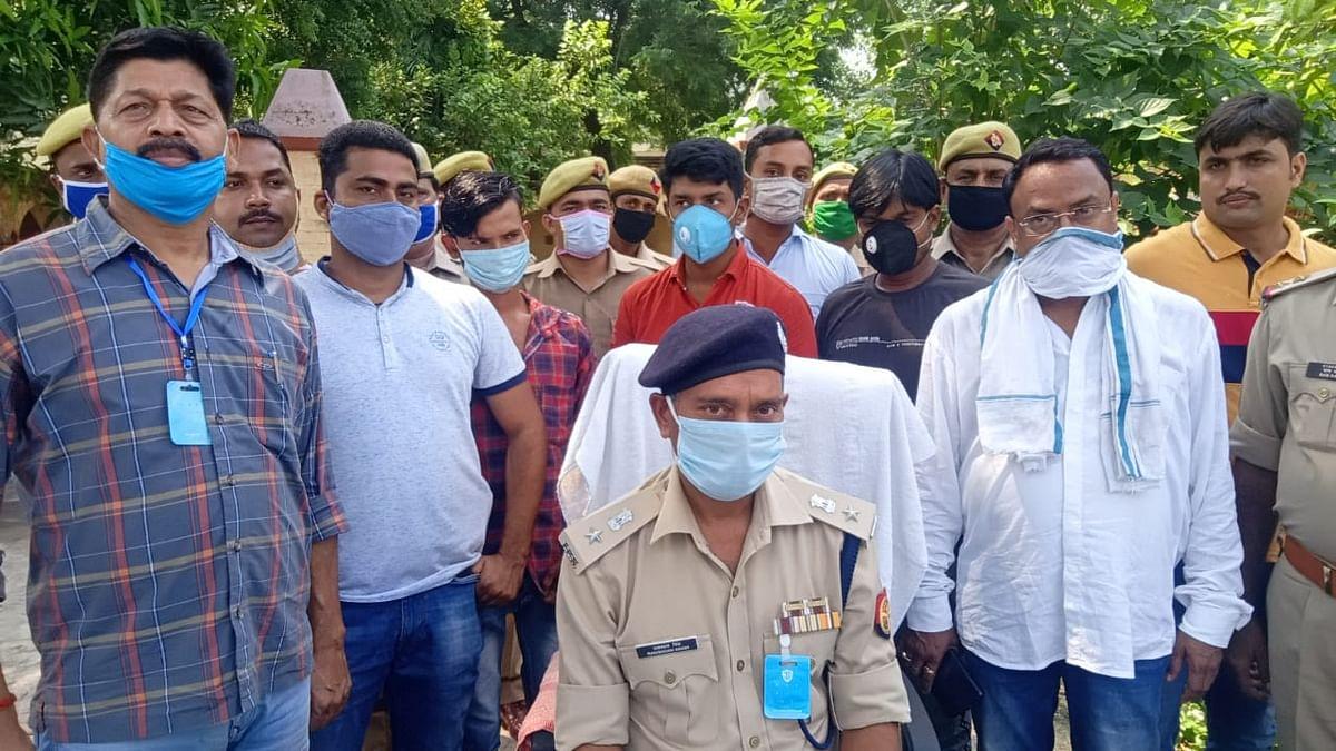 भदोही: 17 लाख रुपए कीमत की कंटेनर से बरामद हुआ दो कुंतल गांजा