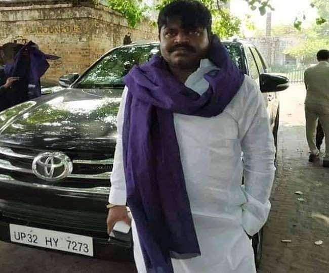 50 हजार का इनामी बदमाश सुरेंद्र कालिया कोलकाता से गिरफ्तार
