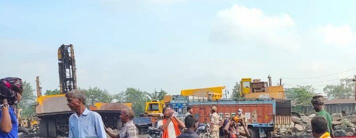 बीसीसीएल के न्यू आकाशकिनारी कांटा में दोबारा टकराव की आशंका , भारी संख्या में पुलिस व सीआईएसएफ के जवान तैनात