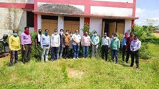 भाजपा हरदीबाजार मंडल ने किया फलदार पौधों का रोपण
