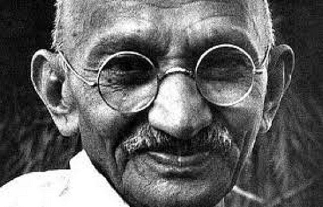 गांधी और ग्राम स्वराज