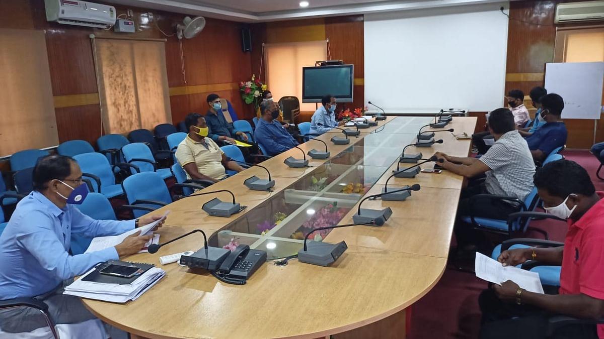 प्रदूषण सम्बन्धी समीक्षात्मक बैठक आयोजित