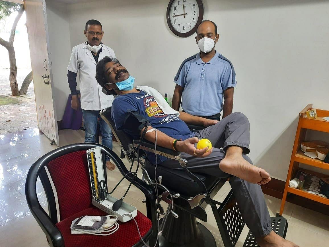 रक्तदान कई लोगों को दे सकता है नई जिंदगी  : मुख्यमंत्री