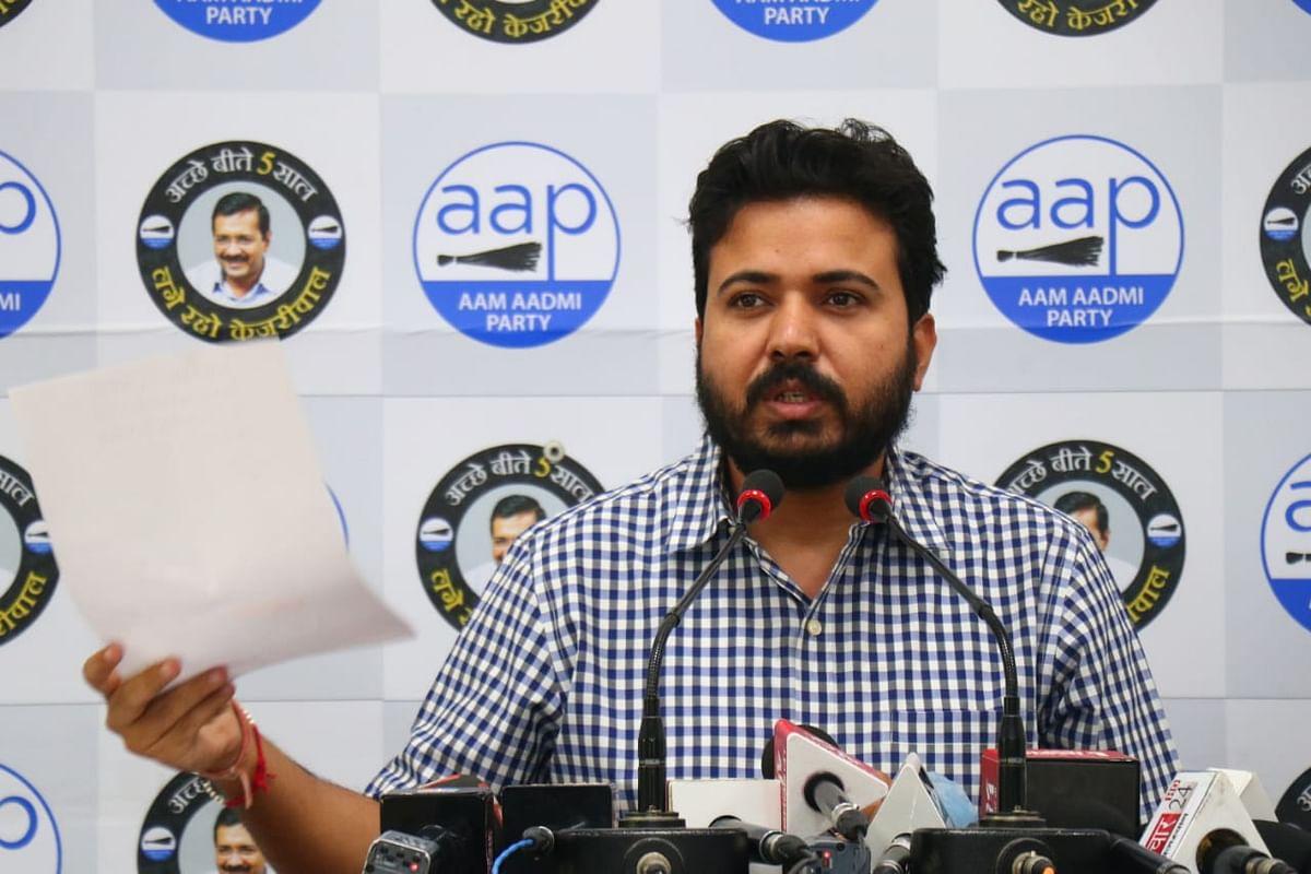 ठेकेदारों के दबाव में एनडीएमसी दिल्ली की जनता पर 34 प्रतिशत हाउस टैक्स का बोझ डालना चाहती है : दुर्गेश पाठक