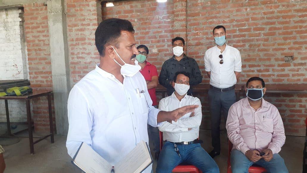 आयुष्मान भारत योजना के तहत गोल्डन कार्ड बनाने के लिए पटेल नगर में हेल्प डेस्क खोला