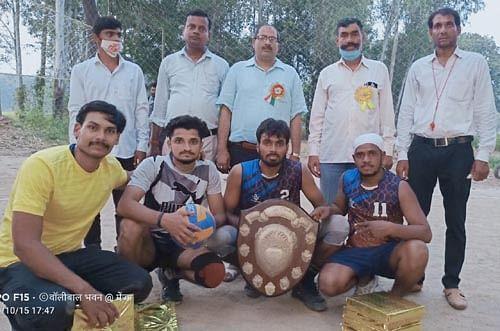 जमुनापार वॉलीबाल लीग प्रतियोगिता में मेजा का कब्जा