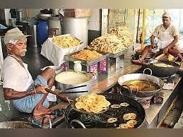 दशहरा के दिन अहमदाबाद में लभगभ पांच करोड़ का बिकता है फफड़ा और जलेबी