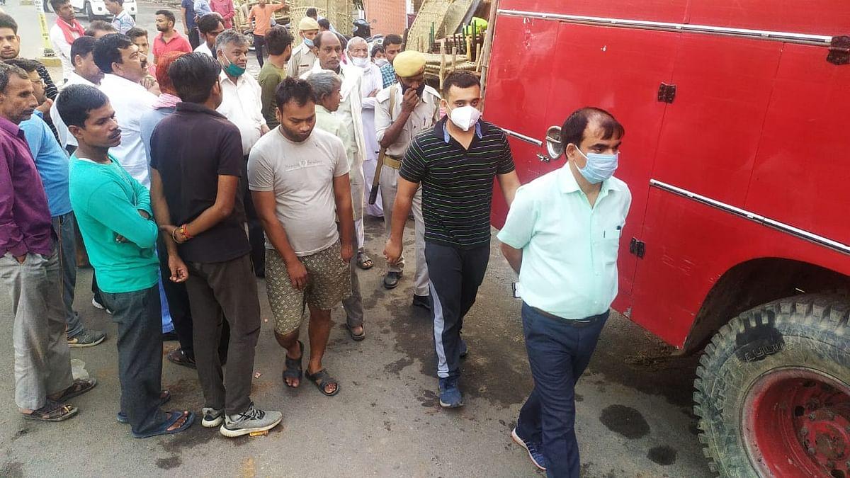 औरैया: शॉर्ट सर्किट से दुकान में लगी आग, 20 लाख का नुकसान