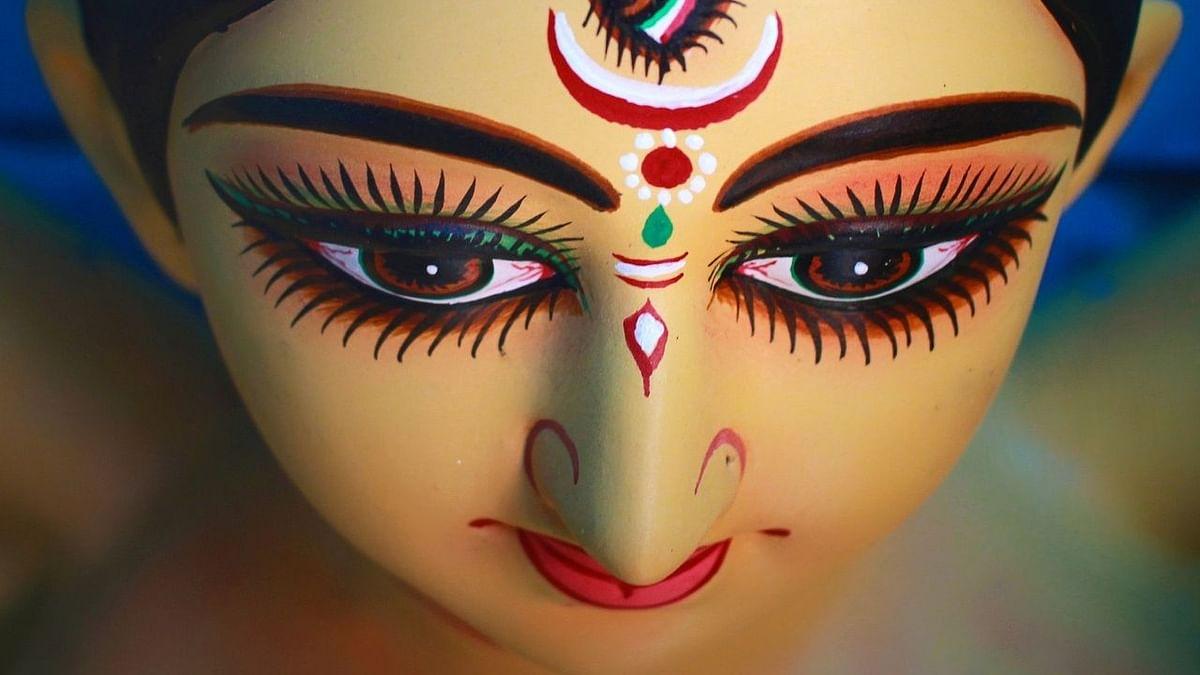 नवरात्रि का तीसरा दिन - चंद्रघंटा माता की आरती, मंत्र, पूजा विधि
