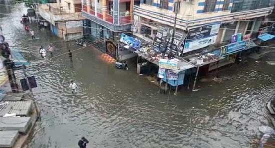 तेलंगाना में बारिश से पांच हजार करोड़ के नुकसान का अनुमान, राज्य ने केंद्र से मांगी 1350 करोड़ की मदद