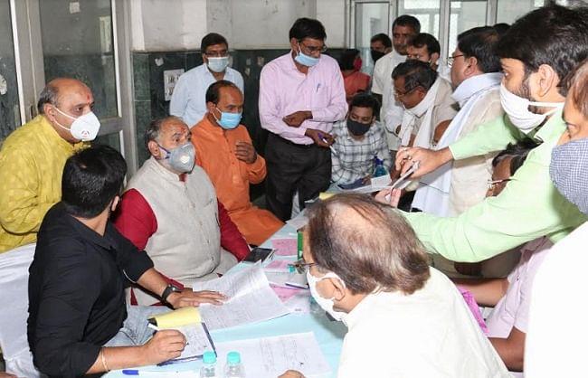 नरेला क्षेत्र में संपत्ति कर संग्रह के लिए महापौर ने लगाया जनता दरबार