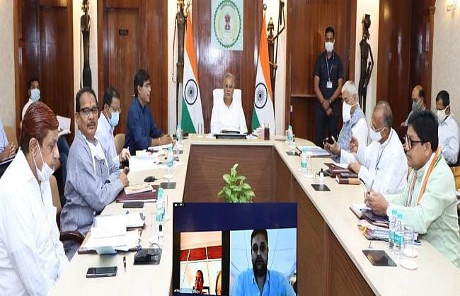 छत्तीसगढ़: भूपेश मंत्रिपरिषद की बैठक में लिए गए कई महत्वपूर्ण निर्णय, पीएचई का टेंडर निरस्त