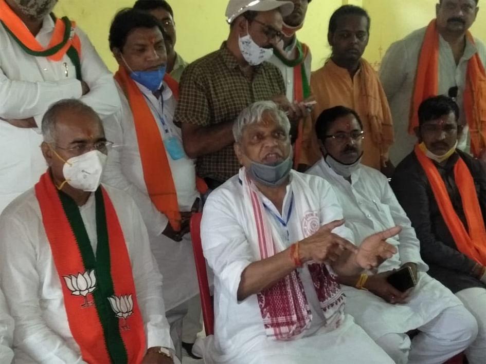 प्रदेश में एक भी सीट नहीं जीत रही कांग्रेस : झा
