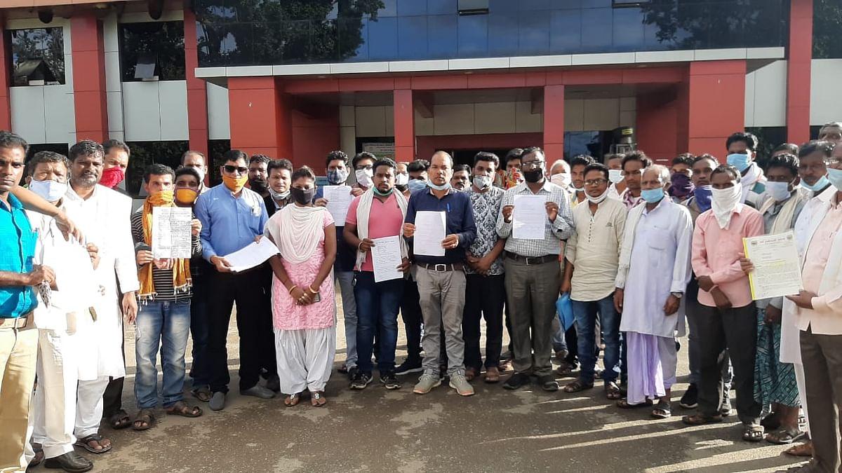 इरसाद के हत्यारों को कठोर दंड व परिवार को तत्काल सहायता राशि देने की मांग