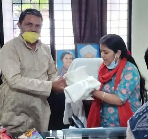 पंचायत चुनाव में शिक्षामित्रों ने बीएलओ ड्यूटी से मुक्ति की मांग की