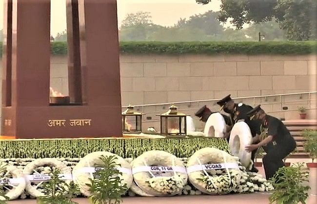 इन्फैंट्री दिवस पर शहीदों को दिया गया सम्मान