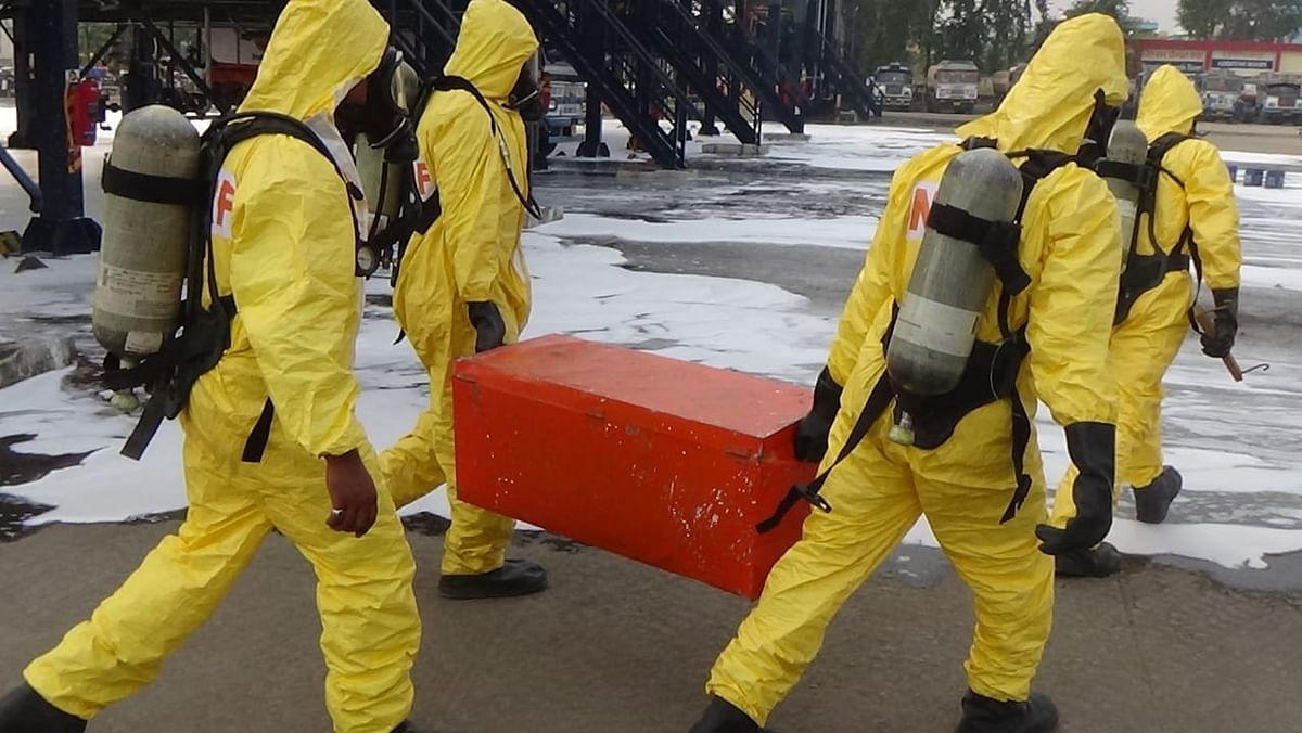 एनडीआरएफ ने रासायनिक आपदा पर मॉक ड्रिल व कोरोना महामारी पर जागरूकता अभियान का किया आयोजन