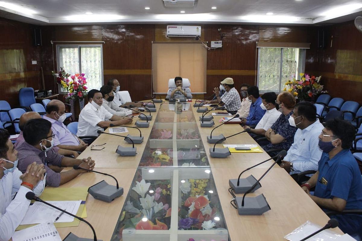 पेड़ा उद्योग को जियो टैगिंग से जोड़ने के साथ उपलब्धता सुनिश्चित करें अधिकारी : डीसी