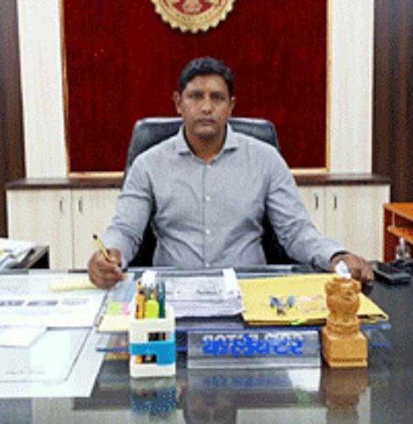 दतिया के नवागत कलेक्टर बी. विजय दत्ता ने संभाला कार्यभार