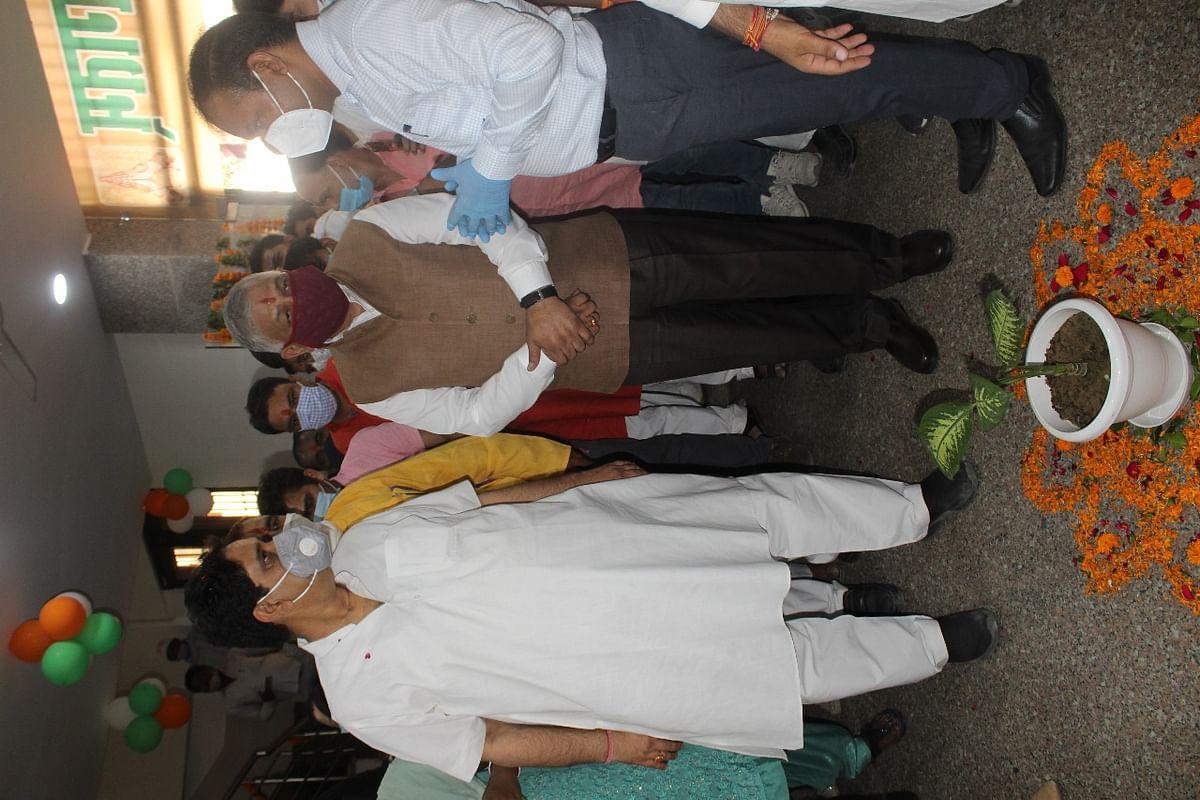 राज्यमंत्री वीके सिंह ने खोड़ा में पालिका की पांच परियोजना का किया लोकार्पण